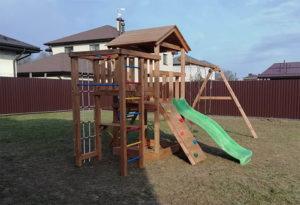 Детская площадка для дачи Лео окрашенная фото